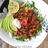 Raw Vegan Mushroom Chilli with DIY Taco Seasoning