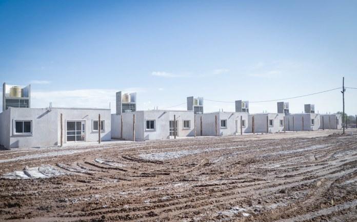 2020-07-27 PRENSA: Uñac recorrió avances de obras del Hospital Santa Rosa, un complejo habitacional y de pavimentación