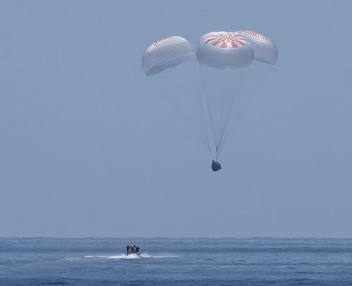SpaceX Demo-2 Landing (NHQ202008020015)