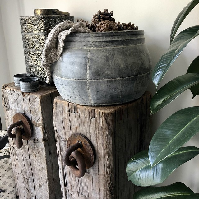 Meerpalen met ring en potten