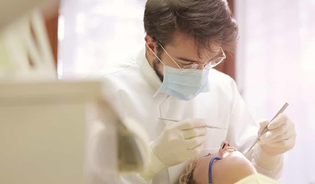 un-revètement-de-nanoparticules-contre-la-carie