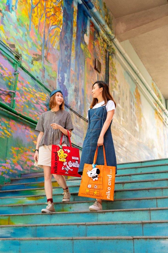 每款輕便環保袋設計均附有指定款式大頭公仔收納袋,可將環保袋摺疊並收藏於大頭公仔頭內,方便攜帶