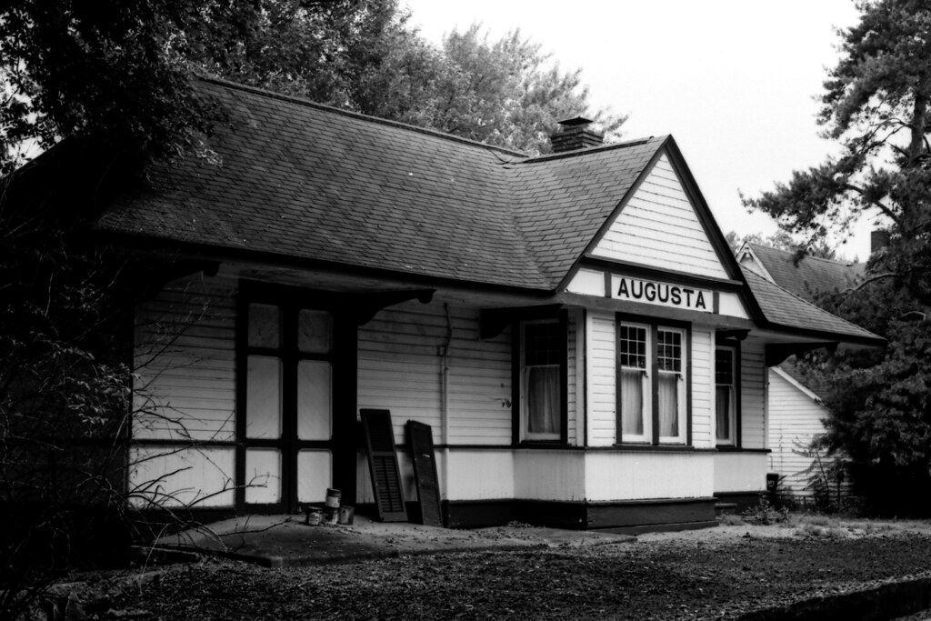 Augusta Station (in New Augusta)