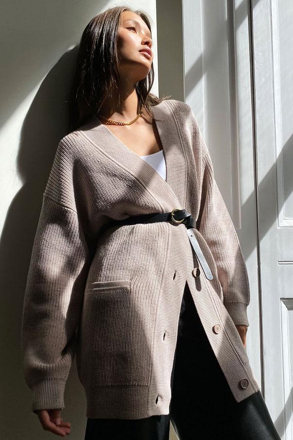 aritzia-babaton-musso-cardigan-merino-wool