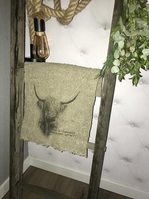 Linnen doek met stier looplamp ladder