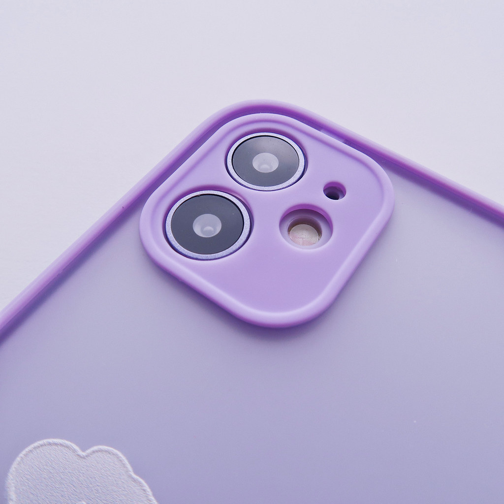 50399727203 b36138b371 b 1.1cm高的TPU防撞軟邊框,為手機提供最強的防震效果!