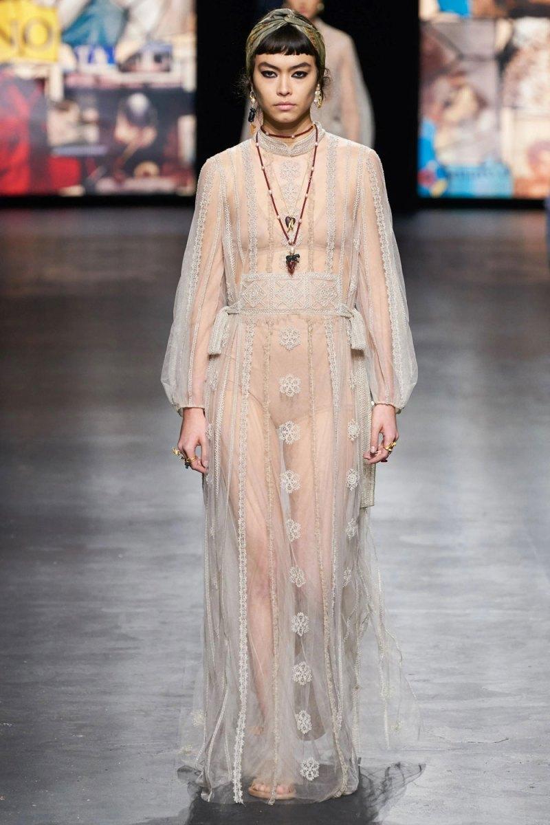 fashion_week_spring_2021_ready-to-wear_christian_dior_4