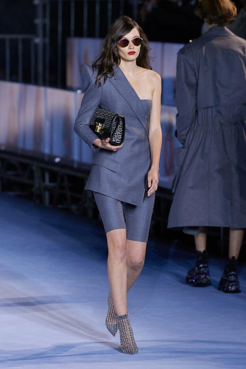 fashion_week_spring_2021_ready-to-wear_balmain_11