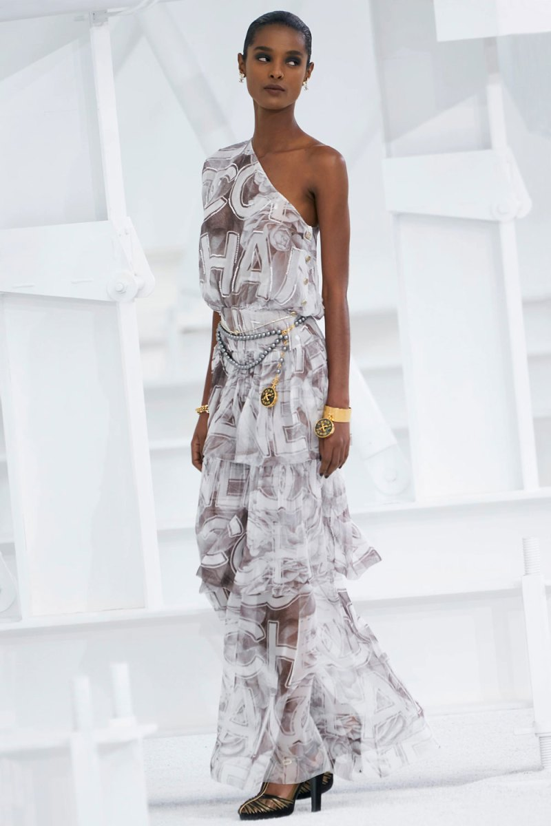 fashion_week_spring_2021_ready-to-wear_chanel_4