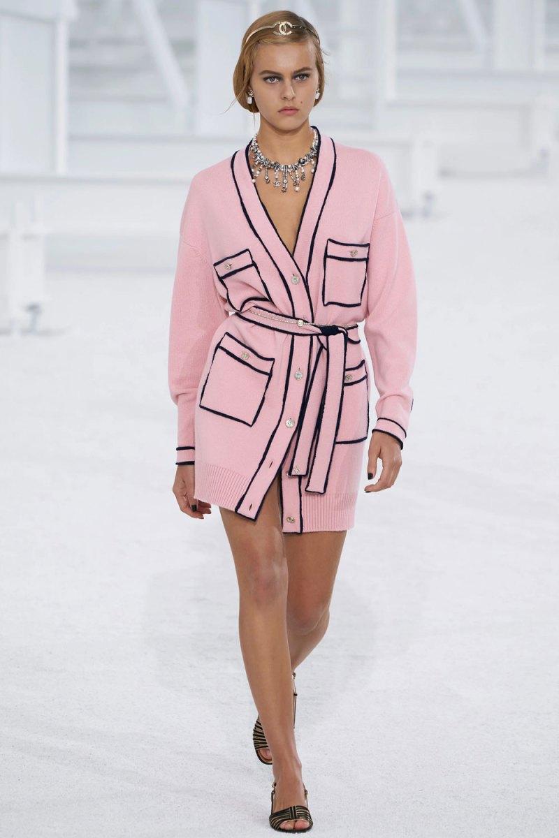fashion_week_spring_2021_ready-to-wear_chanel_3