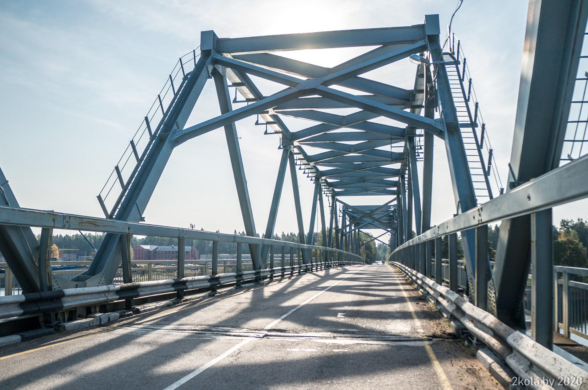Мост через реку Луга в Усть-Луга