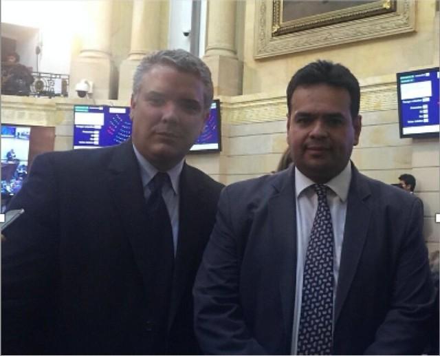 Desde cuando Iván Duque era senador tenía amistad con la familia del piloto del Cartel de Sinaloa, Samuel Niño Cataño.