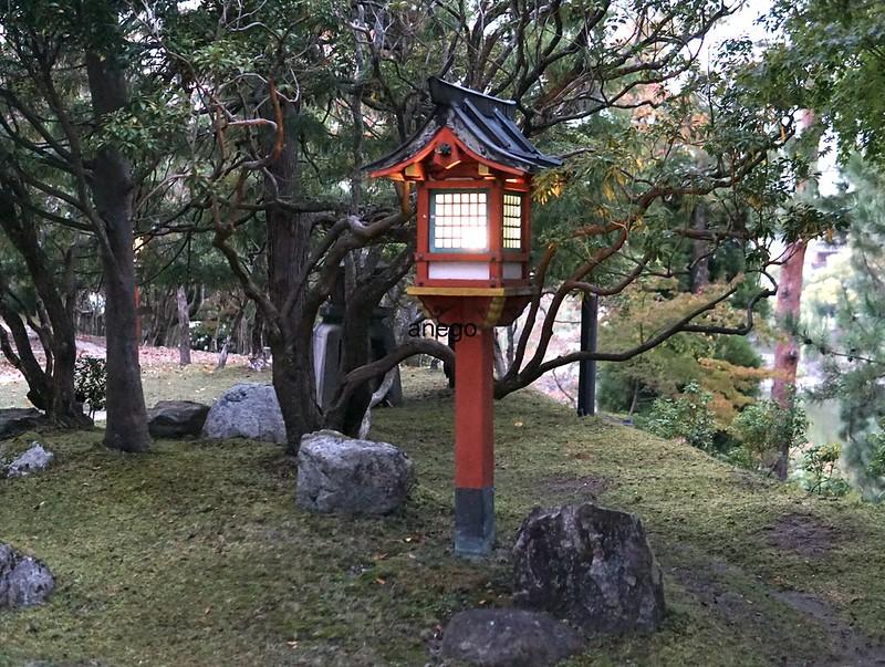 奈良ホテル 灯籠