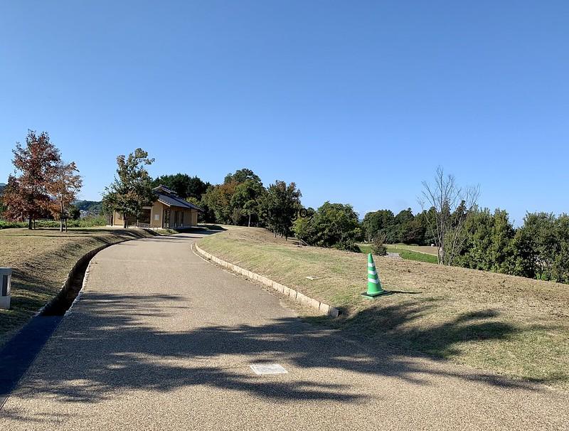 キトラ古墳 周辺の歩道