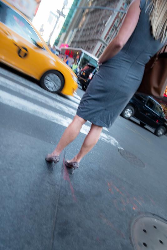 Love the shoes .. legs ... - New York, New York, États-Unis - 09/05/2018 17h41