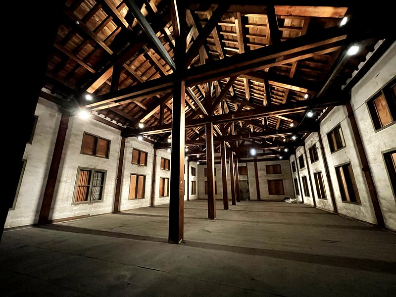 Tomioka Silk mill 05 東置繭所2階