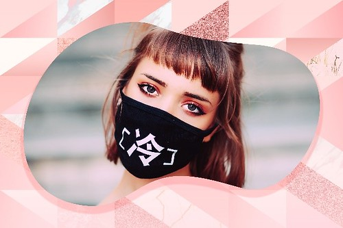 Bobbie Cosmetics Felt-Tip Liquid Eyeliner