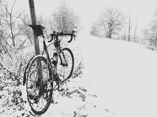 Morning commute in the snow