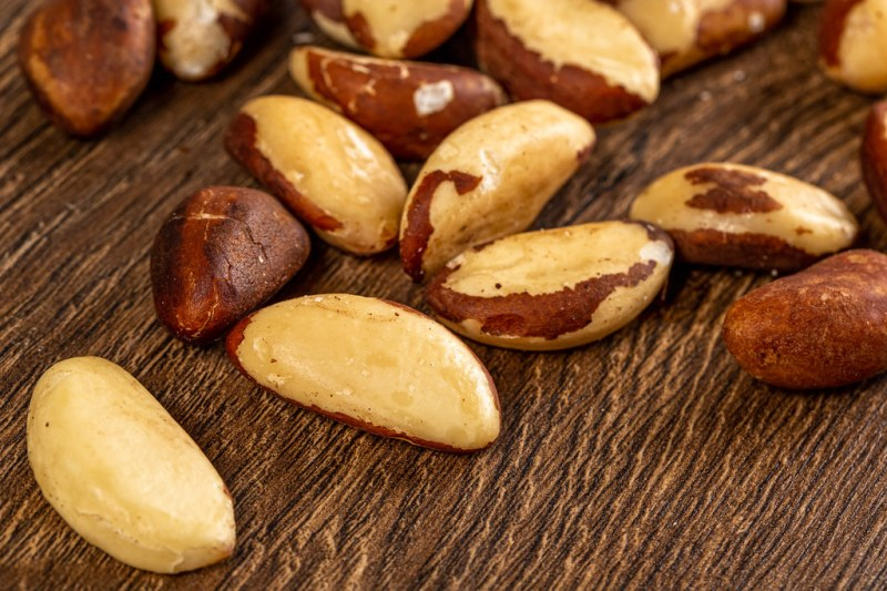 Brazil nuts on a wooden background | 💾 Marco Verch is a Pro… | Flickr