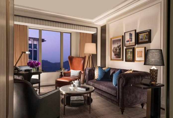 Louis Suite Living Room 路易套房客廳