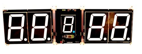 SCORE5 Arduino based Digital Scoreboard with Common anode Seven segments display (1)