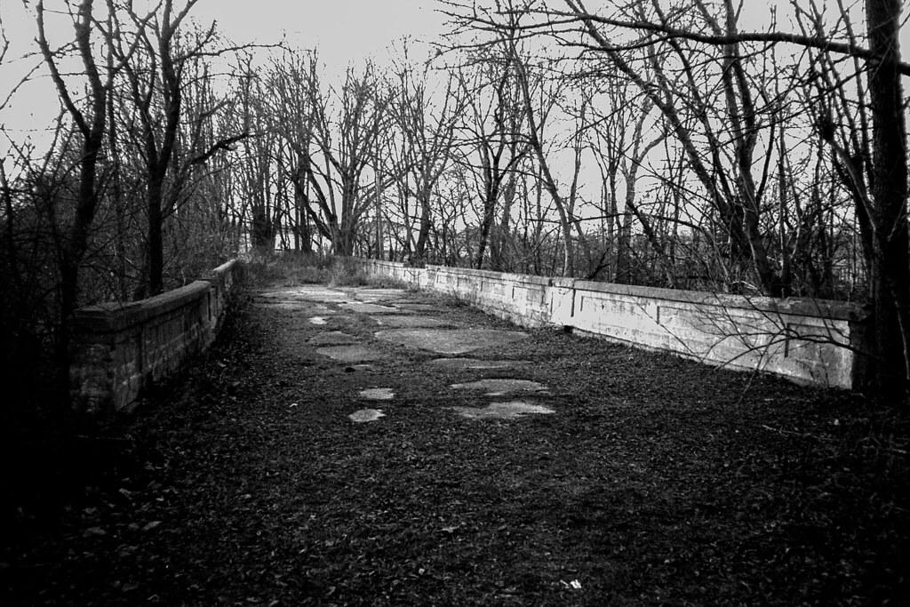 Abandoned US 40 bridge