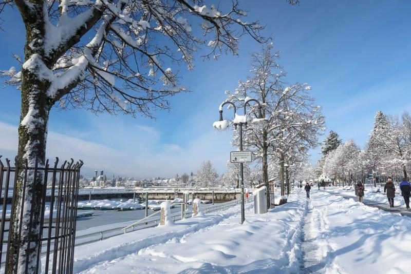 Sightseeing Walk Snow Lake Constance Friedrichshafen January 2021 Blog JoyDellaVita-21