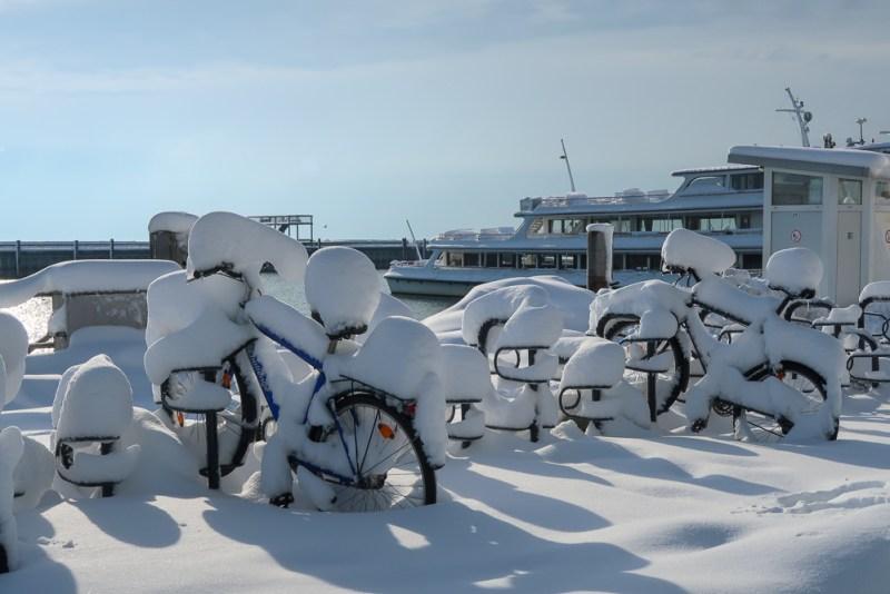 Sightseeing Walk Snow Lake Constance Friedrichshafen January 2021 Blog JoyDellaVita-02