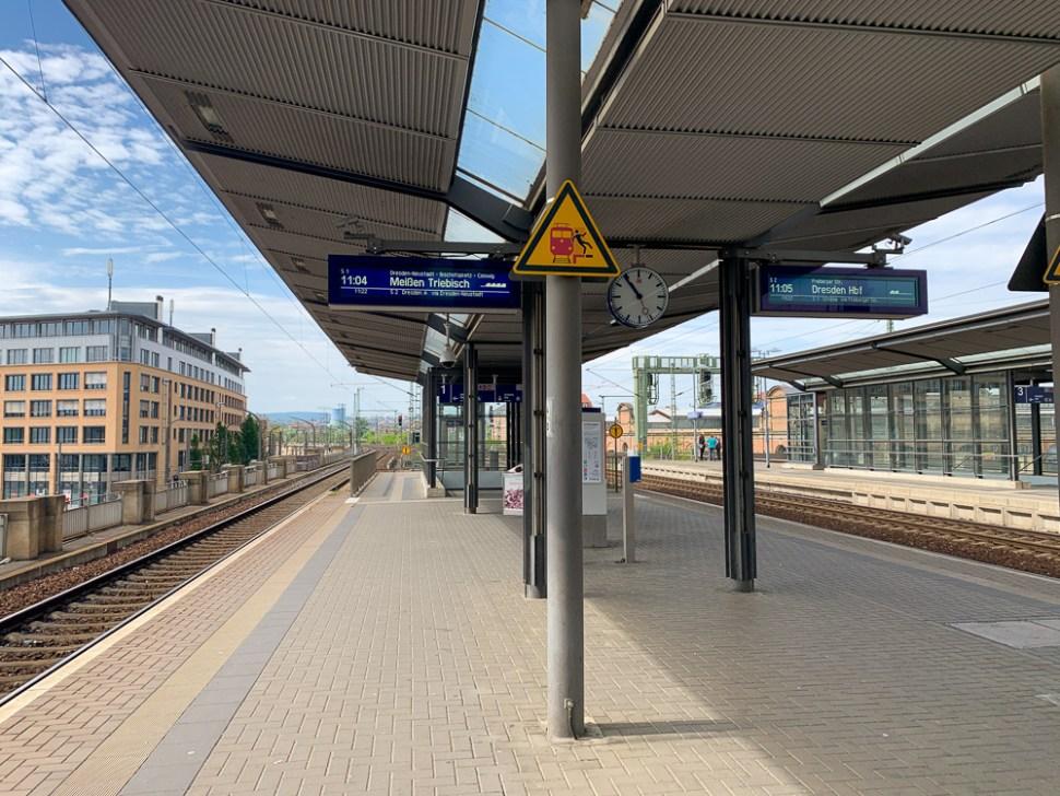waiting at Dresden Mitte for my suburban train to Meissen Altstadt