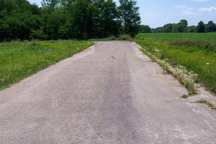Old US 40 in Illinois