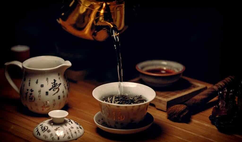 le-thé-vert-supprime-les-tumeurs-et-répare-adn