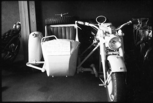 Motorrad mit Beiwagen - 108205 - 10A