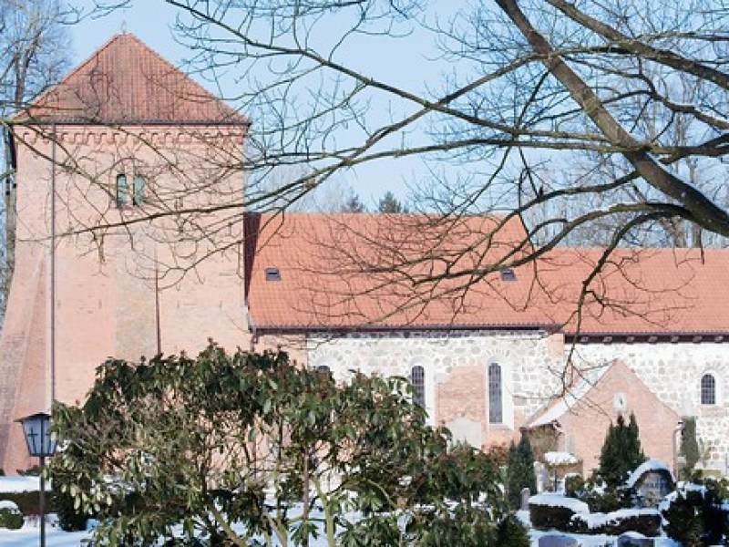 Church of Warder | February 13, 2021 | Rohlstorf - Segeberg District - Schleswig-Holstein - Germany