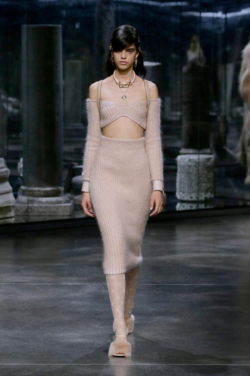5-Fendi-Fall-2021-fashion-runway-show