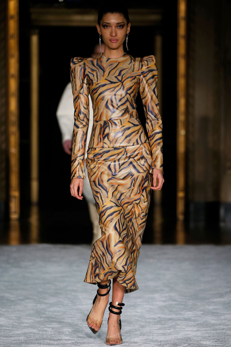 3-Christian-Siriano-Fall-2021-fashion-runway-show