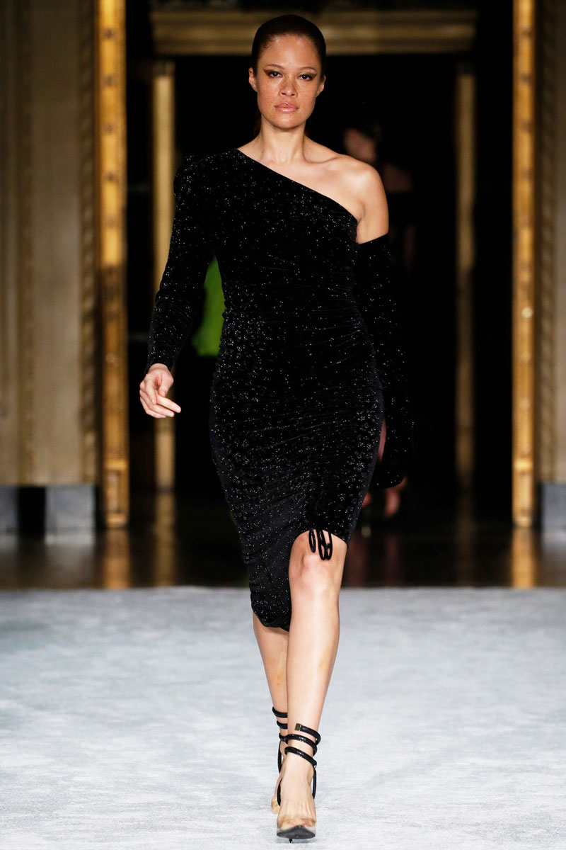 14-Christian-Siriano-Fall-2021-fashion-runway-show