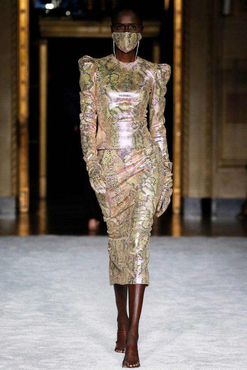 16-Christian-Siriano-Fall-2021-fashion-runway-show