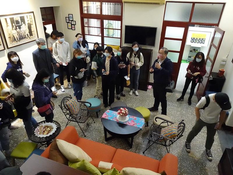 前縣長吳志揚親自帶學生們導覽他的家-中壢醫院