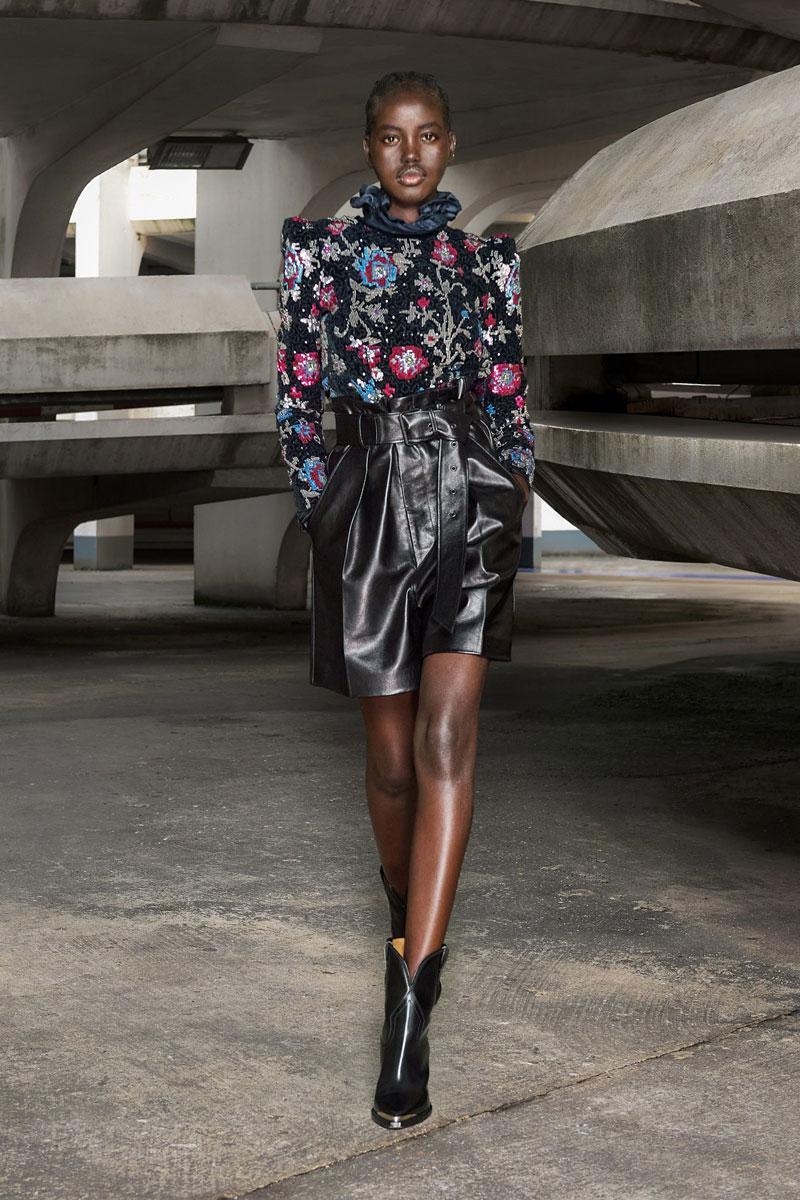 17_isabel-marant-fall-2021-runway-show-paris-fashion-week