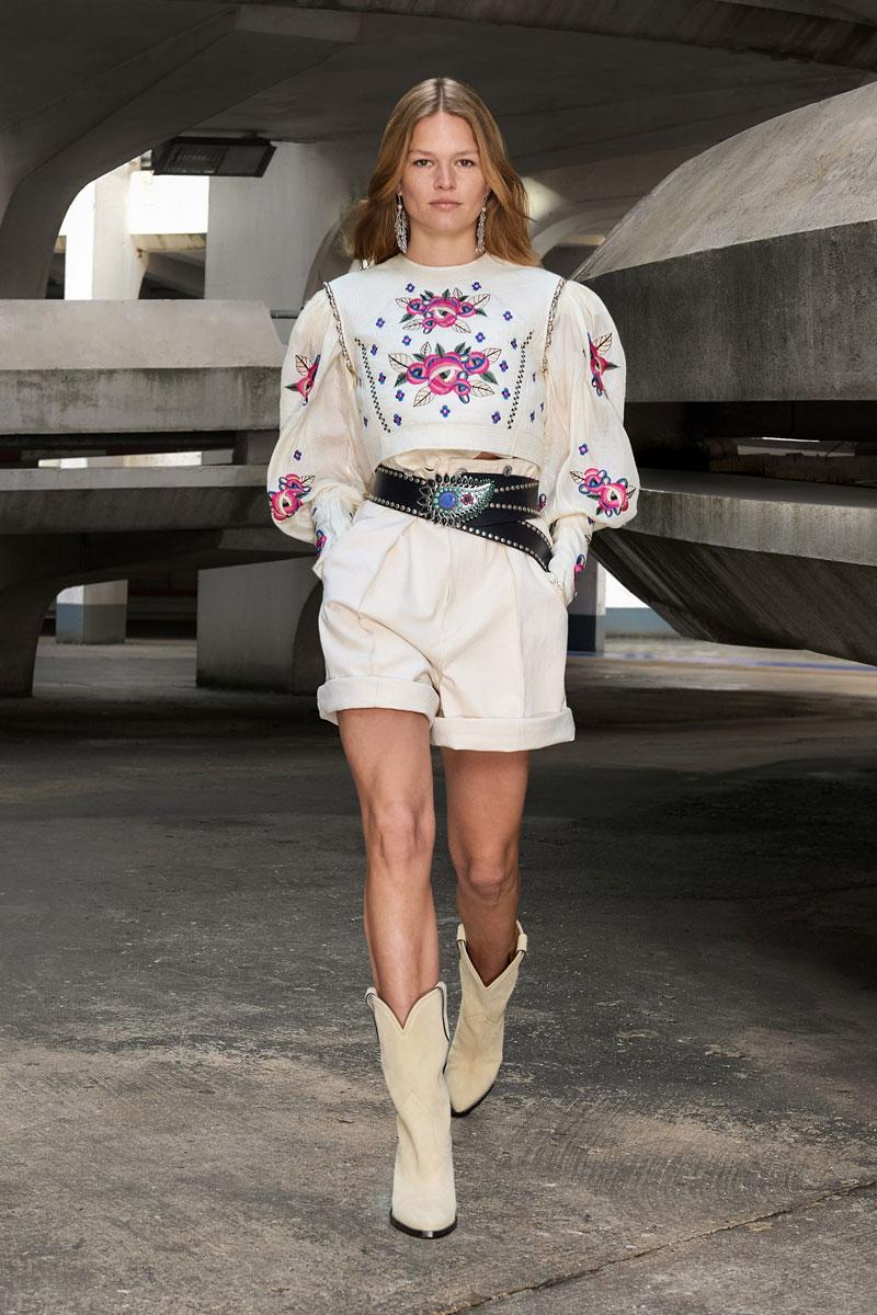 2_isabel-marant-fall-2021-runway-show-paris-fashion-week
