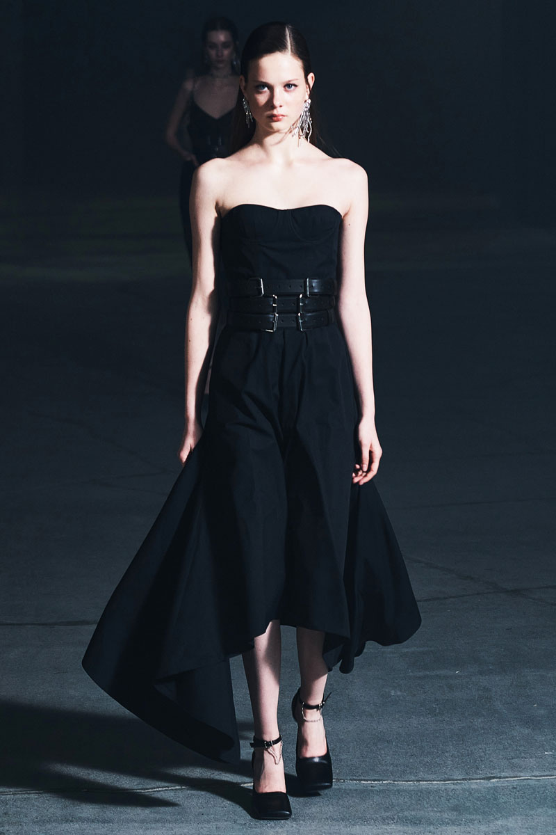 21_rokh-fall-2021-runway-show-collection