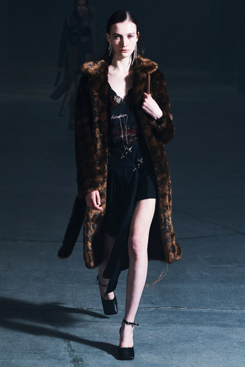 17_rokh-fall-2021-runway-show-collection