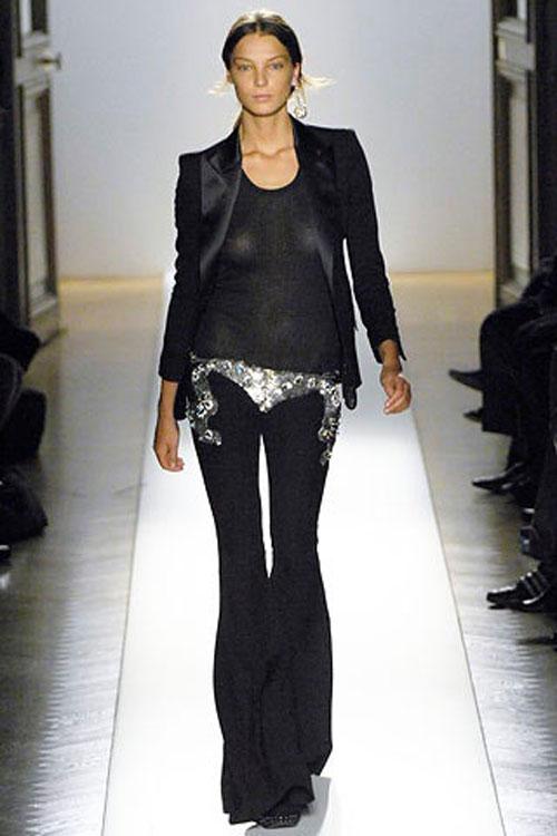 9_balmain-fall-2007-runway-show-christophe-decarnin