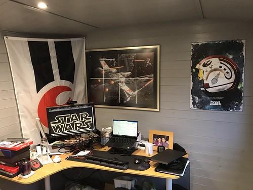 Rebel Alliance Desk 001