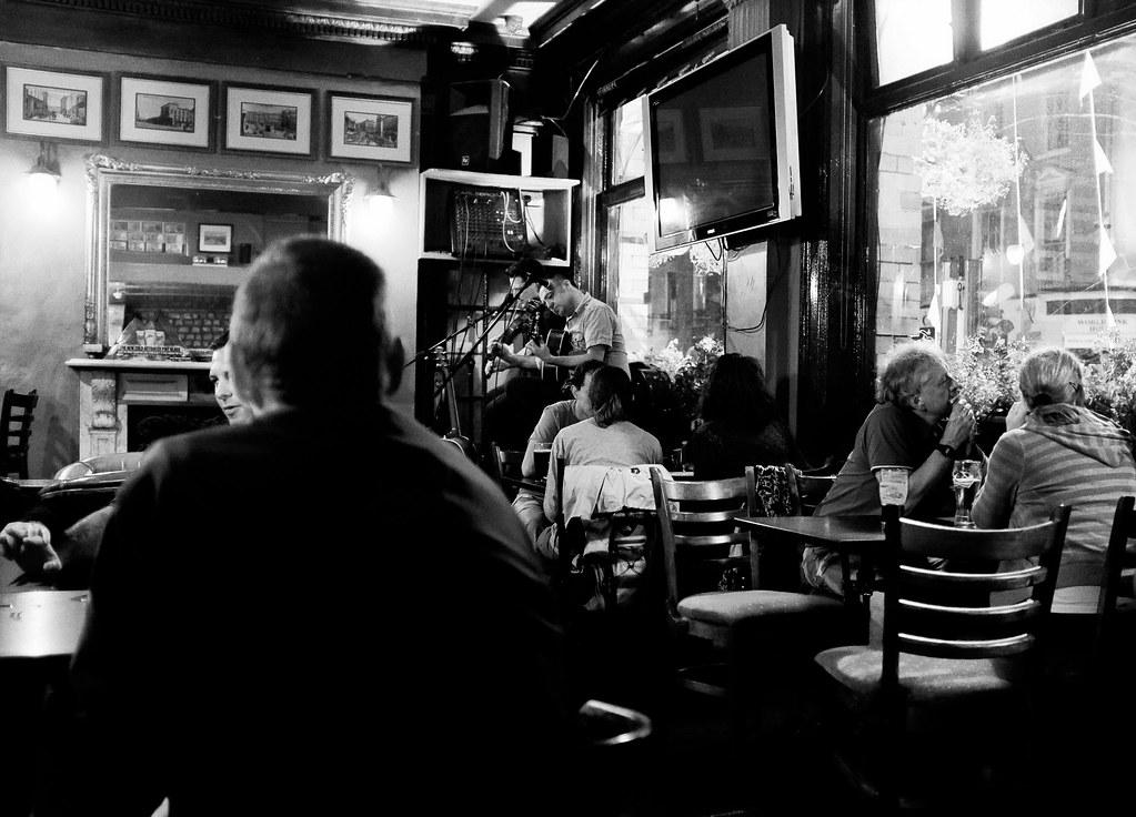 Pub O'Shea's