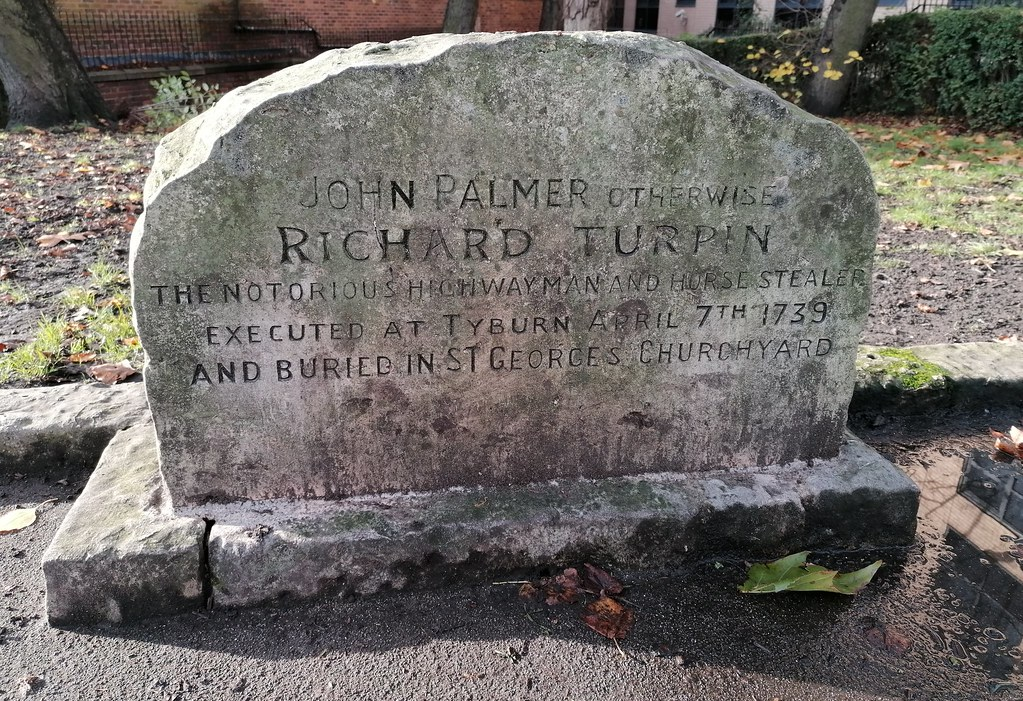 The (Purported) Grave of Richard Dick Turpin St George's Churchyard York - The Polite Tourist  (November 2020)