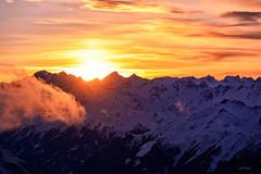 Sonnenuntergang mit Wolke