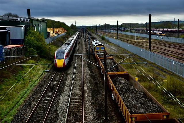 LNER and Freightliner at Tyne Yard