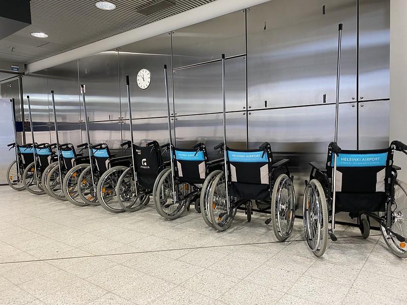 Pyörätuolit lentoasemalla