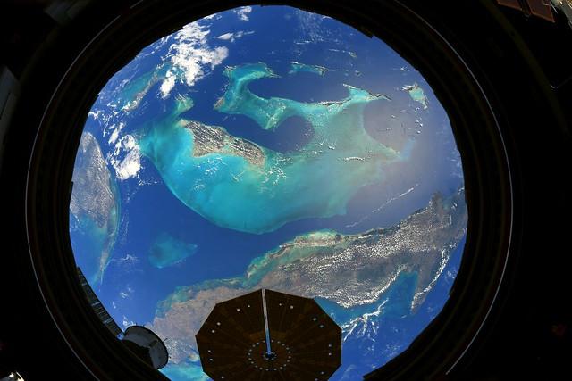 Bahamas and Cygnus